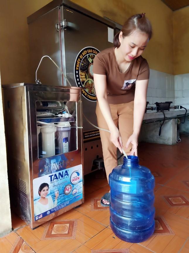 Hàng chục máy lọc nước sạch về với trẻ em vùng núi Thanh Hoá ảnh 5