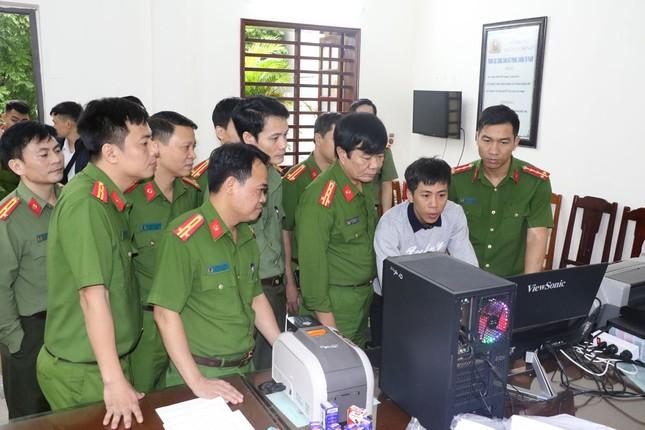 Ba cán bộ Trung tâm Giáo dục thường xuyên Thanh Hoá bị tạm giữ hình sự ảnh 1