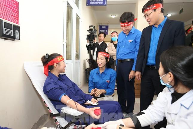 Hơn 100 đoàn viên thanh niên Z111 tham gia hiến máu tại ngày hội Chủ nhật Đỏ ảnh 5