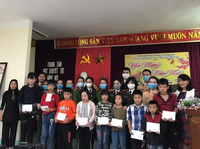 Tuổi trẻ Quảng Bình sôi nổi nhiều chương trình ý nghĩa cho cộng đồng ảnh 2