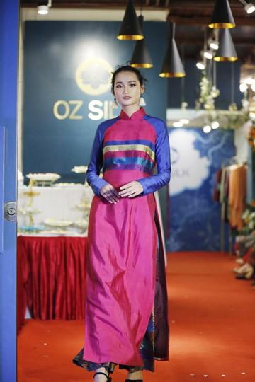 Nghệ sĩ Chiều Xuân khoe nhan sắc rạng rỡ trong tà áo dài ảnh 9