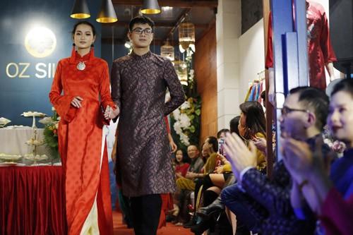 Nghệ sĩ Chiều Xuân khoe nhan sắc rạng rỡ trong tà áo dài ảnh 7