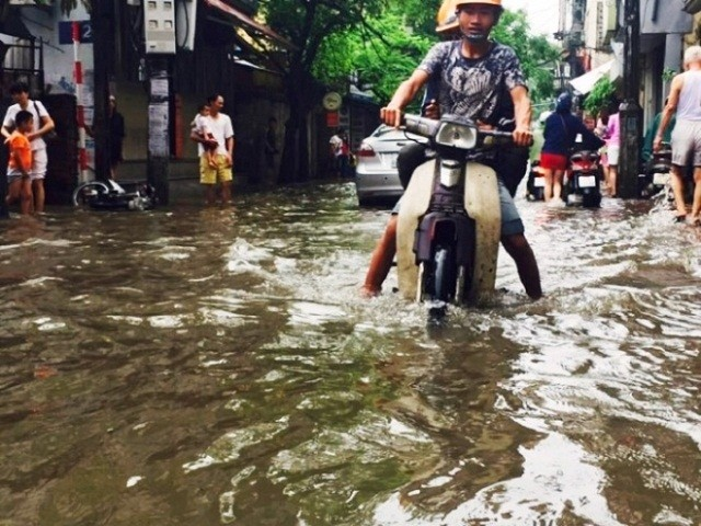 Những trận lũ lụt lớn nhất Việt Nam trong 20 năm qua ảnh 2