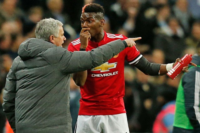 Muốn giữ ngôi sao Pogba, M.U phải 'trảm' Mourinho? ảnh 1