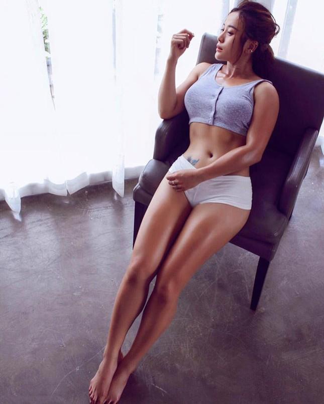 Khó rời mắt trước thân hình của nữ gymer xinh đẹp hot nhất Nam Bộ ảnh 6
