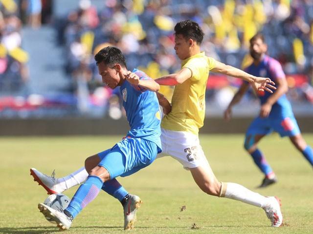 Về bét ở King's Cup, tuyển Thái Lan nhận đủ 'gạch đá' ảnh 1