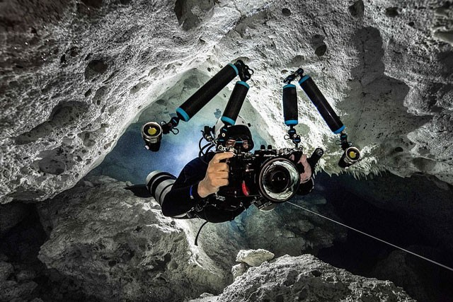 Mê mẩn với cảnh đẹp tuyệt trần của hang động dưới nước trong rừng rậm ảnh 3