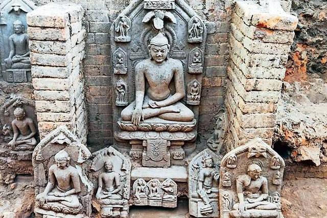 Bất ngờ với tàn tích của tu viện Phật giáo được tìm thấy tại Ấn Độ ảnh 1