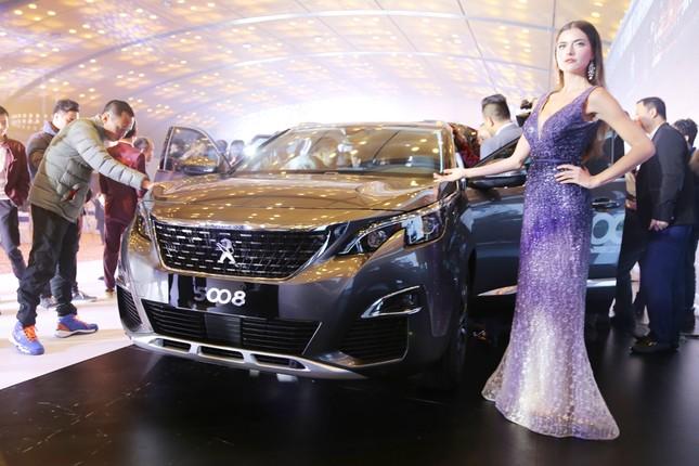 Cặp SUV Peugeot 3008 và 5008 hút khách ở Việt Nam ảnh 1