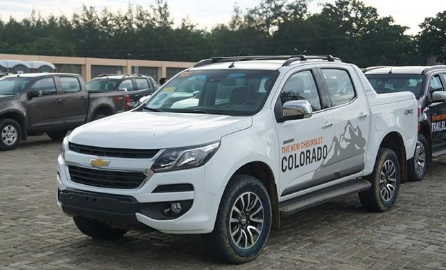 Top 5 xe bán tải hút khách nhất năm 2017 tại Việt Nam ảnh 2