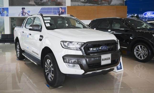Top 5 xe bán tải hút khách nhất năm 2017 tại Việt Nam ảnh 1