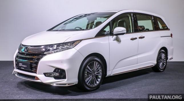 Honda Odyssey 2018 có giá bán gần 1,5 tỷ đồng ở Malaysia ảnh 1