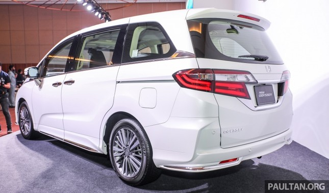 Honda Odyssey 2018 có giá bán gần 1,5 tỷ đồng ở Malaysia ảnh 2
