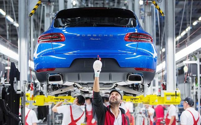 Gian lận khí thải, Porsche triệu hồi gần 60.000 xe ảnh 1