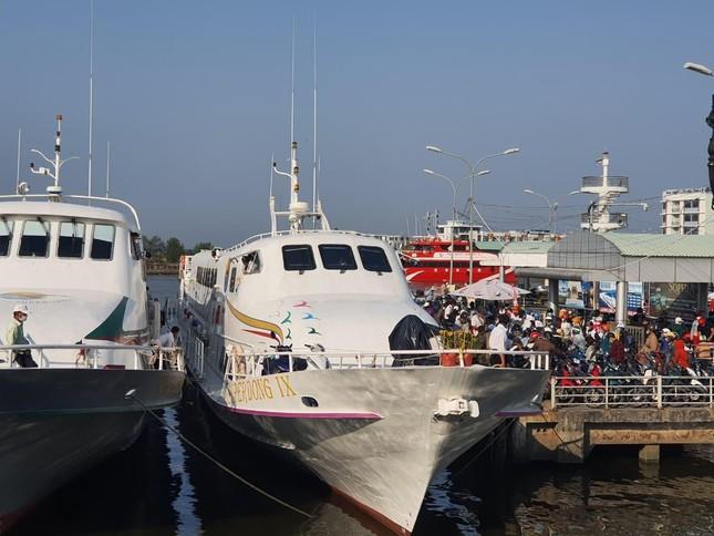 Tăng cường lực lượng, ngăn chặn người nhập cảnh trái phép vào Phú Quốc ảnh 1