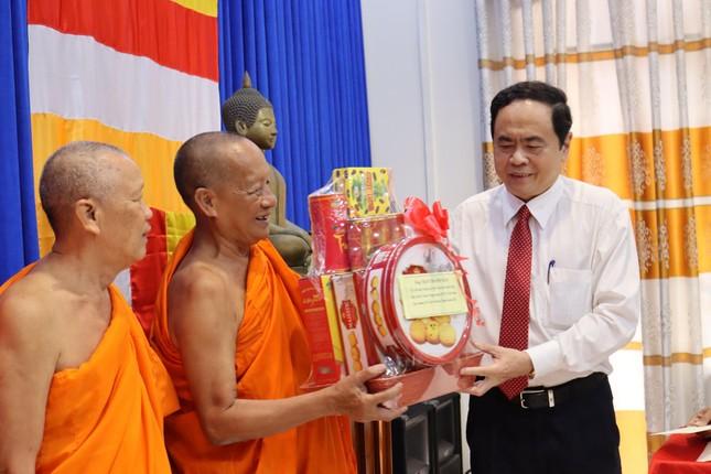 Phó Chủ tịch Thường trực Quốc hội Trần Thanh Mẫn chúc Tết Chôl Chnăm Thmây tại Sóc Trăng ảnh 1