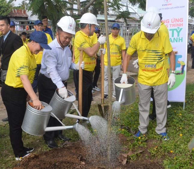 Sóc Trăng hưởng ứng chương trình trồng 1 tỷ cây xanh ảnh 3