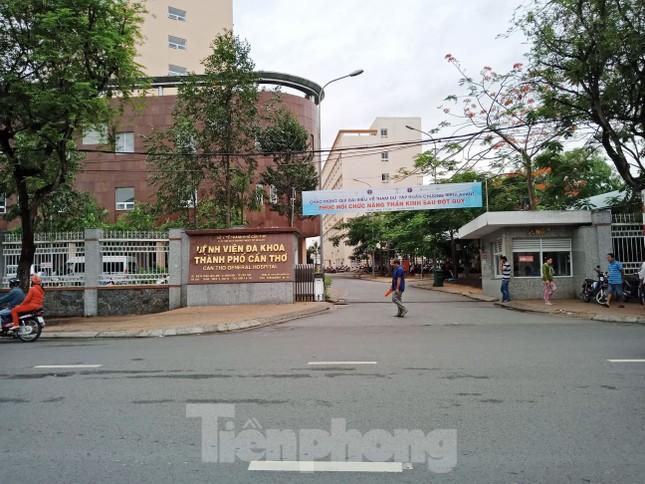Bệnh nhân nhảy lầu bệnh viện tử vong ở Cần Thơ ảnh 1