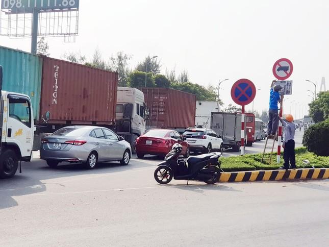 Cấm xe tải 3 trục qua cầu Rạch Miễu theo khung giờ cao điểm ảnh 2