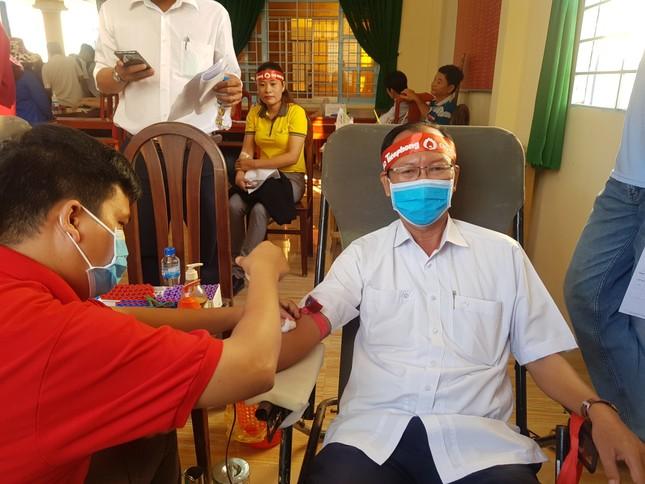 Lan tỏa phong trào hiến máu tình nguyện trên vùng đất cù lao ảnh 2