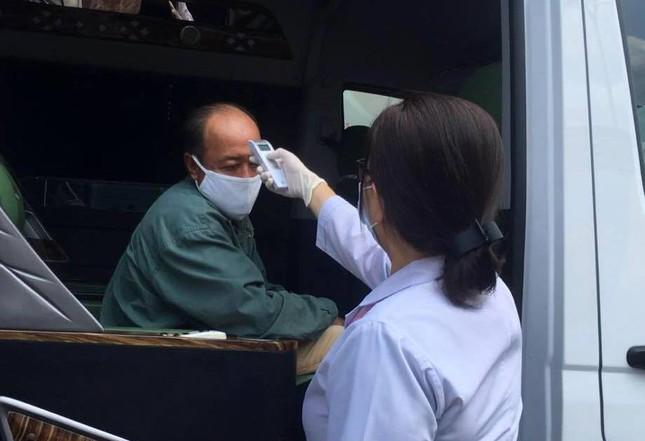 Chống dịch COVID-19: Nghệ An xét nghiệm gần 1.000 người từng điều trị tại BV Bạch Mai ảnh 4