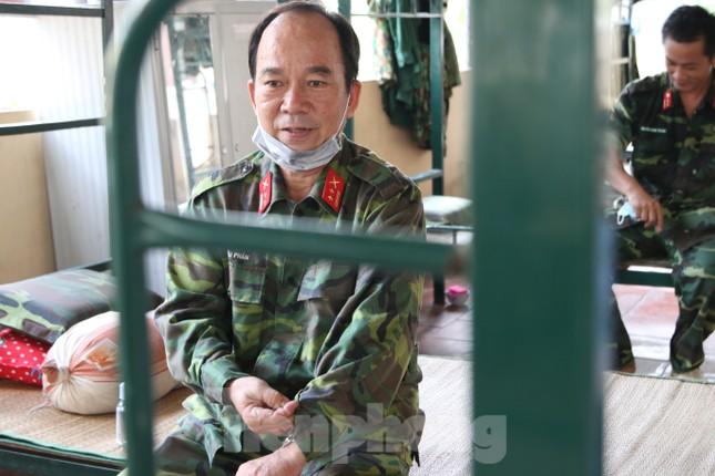 Bên trong bếp ăn quân đội phục vụ người cách ly ở Đồng Tháp có gì đặc biệt? ảnh 7