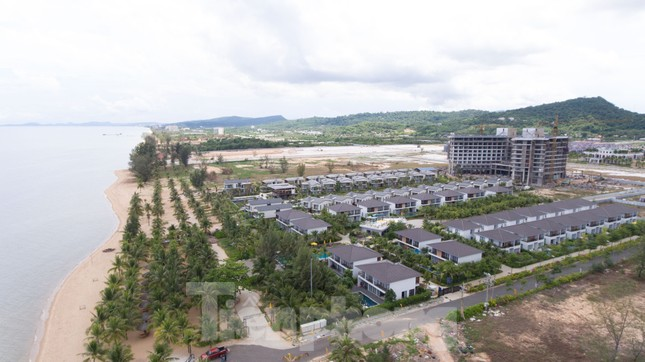 Nhìn từ trên cao đảo ngọc Phú Quốc bị 'băm nát' do buông lỏng quản lý ảnh 9