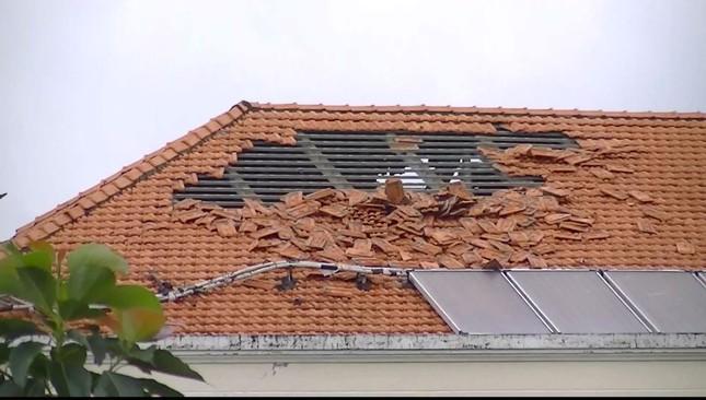 Giông lốc kinh hoàng quật sập nhà xưởng ở Tiền Giang ảnh 3