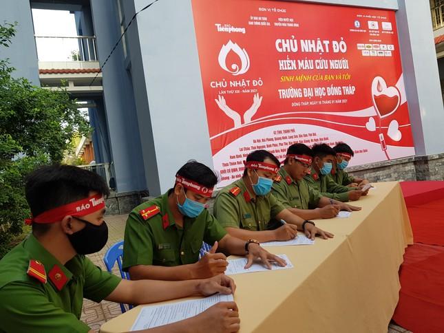 Thượng uý công an Đồng Tháp 9 lần tham gia hiến máu ảnh 5