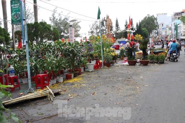 Chợ hoa Cần Thơ nhộn nhịp ngày 30 Tết ảnh 15