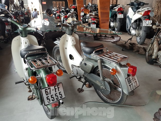 Mê mẩn bộ sưu tập 500 chiếc xe máy biển số 'khủng' ảnh 14