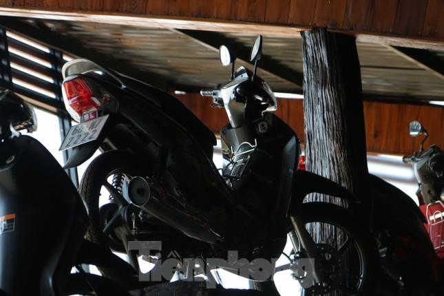 Mê mẩn bộ sưu tập 500 chiếc xe máy biển số 'khủng' ảnh 16