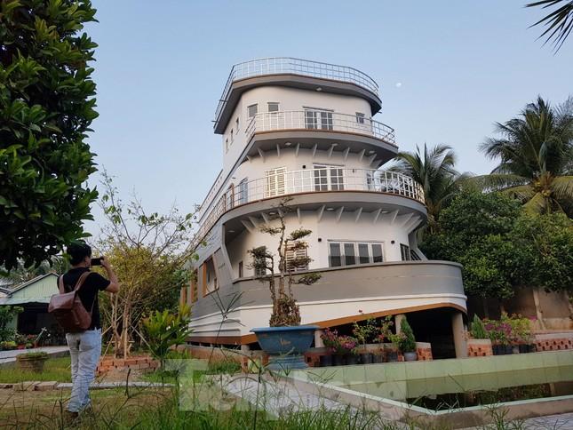 Chiêm ngưỡng 'căn nhà du thuyền' 5 tỷ độc nhất miền Tây ảnh 1
