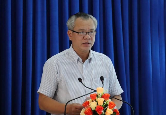 Bạc Liêu họp báo thông tin chính thức về trường hợp nghi dương tính với SARS-CoV-2 ảnh 1