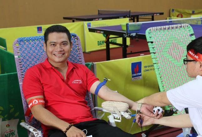 Chủ nhật Đỏ tại Cà Mau: Cựu sinh viên 27 lần hiến máu ảnh 4