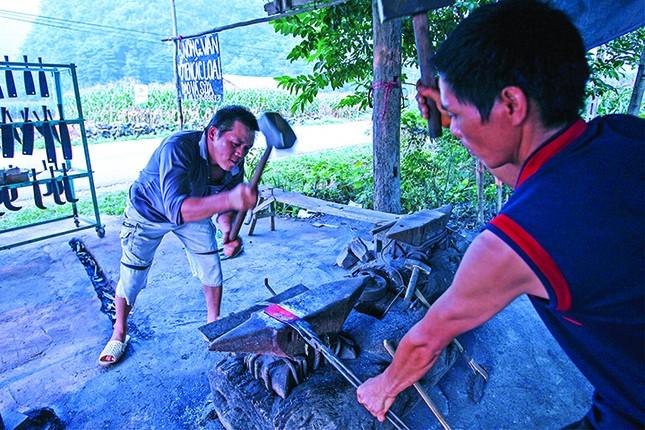 Một tua làng đá Hà Giang ảnh 3
