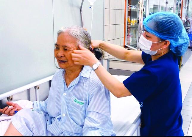 Bệnh viện Bạch Mai và lòng tin từ người bệnh ảnh 2