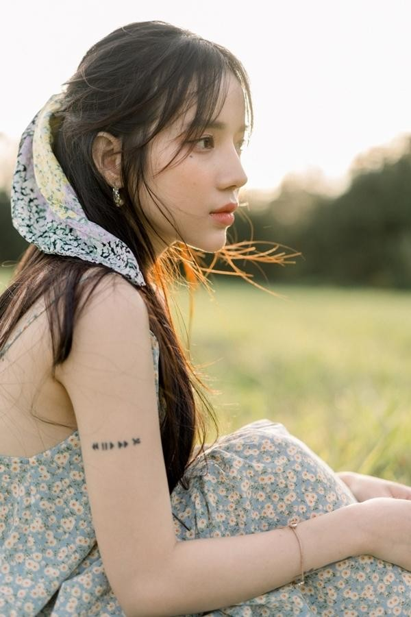 Hoàng Yến Chibi tung teaser MV đẹp như thơ, xác nhận kết hợp với TDK, Tlinh và LyLy  ảnh 3