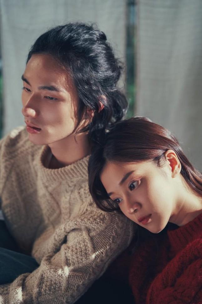 Hoàng Yến Chibi tung teaser MV đẹp như thơ, xác nhận kết hợp với TDK, Tlinh và LyLy  ảnh 6