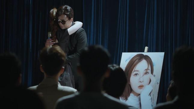 """Trở lại với """"Người khóc cùng anh"""", Hồ Quang Hiếu khuấy động Top Trending YouTube ảnh 5"""