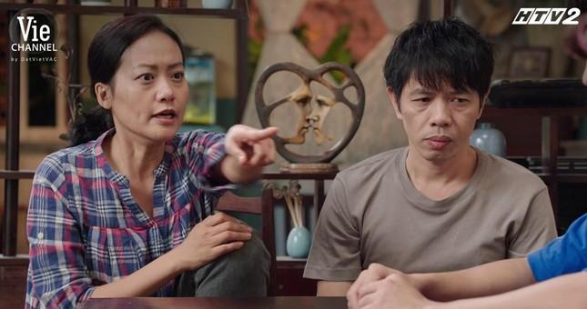"""Cây Táo Nở Hoa: Trúc (Minh Trang) xách váy cưới đến hôn lễ người yêu """"đại chiến"""" tình địch ảnh 1"""