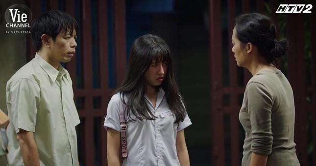 """Cây Táo Nở Hoa: Trúc (Minh Trang) xách váy cưới đến hôn lễ người yêu """"đại chiến"""" tình địch ảnh 4"""