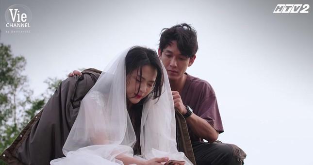 """Cây Táo Nở Hoa: Trúc (Minh Trang) xách váy cưới đến hôn lễ người yêu """"đại chiến"""" tình địch ảnh 6"""