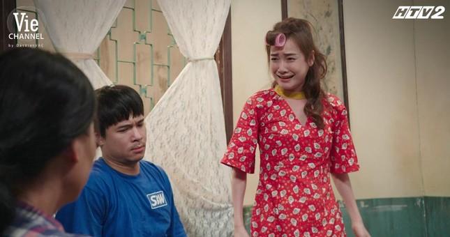 """Cây Táo Nở Hoa: Trúc (Minh Trang) xách váy cưới đến hôn lễ người yêu """"đại chiến"""" tình địch ảnh 3"""
