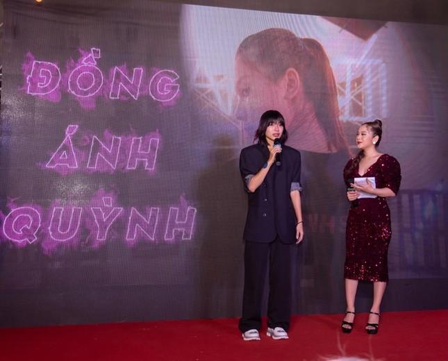 """Ngô Thanh Vân, Tóc Tiên, Đồng Ánh Quỳnh xúc động trong buổi đóng máy phim """"Thanh Sói"""" ảnh 2"""