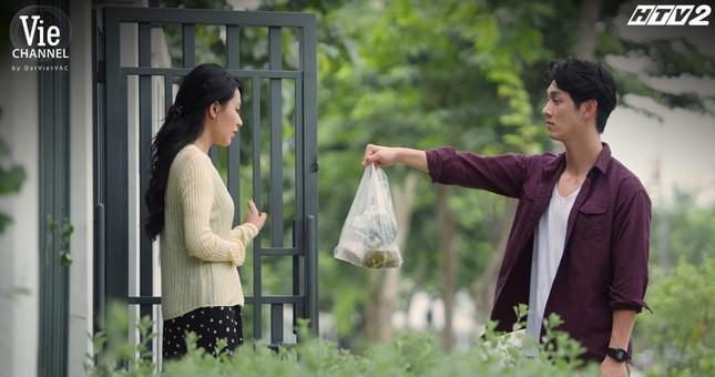 """""""Cây Táo Nở Hoa"""" tập 8: Trịnh Thảo hỗn hào, chỉ trích """"ba"""" Thái Hòa khiến mình mất mặt ảnh 4"""