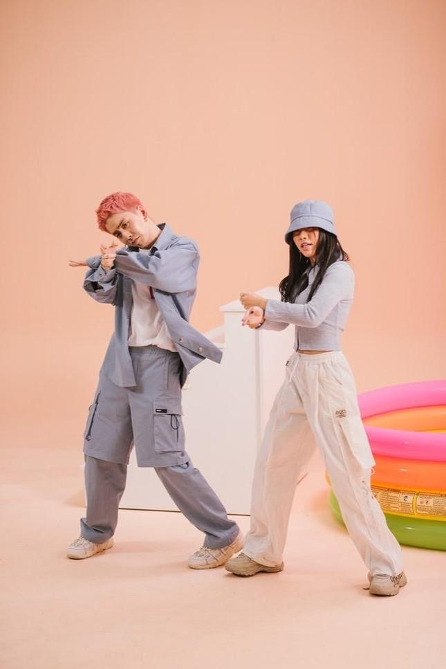 """OSAD trở lại với thế mạnh Rap love, """"thả thính"""" hot TikToker LyHan trong ca khúc mới ảnh 6"""
