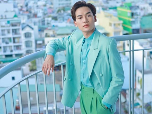 """Võ Hoàng Yến, Rima Thanh Vy hóa """"tiên nữ Winx"""", Ali Hoàng Dương """"diễn hài"""" trong MV mới ảnh 4"""