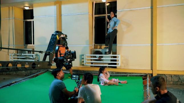 """Lý Hải tiết lộ hậu trường cảnh mạo hiểm của mẹ con Ốc Thanh Vân trong """"Lật Mặt: 48H"""" ảnh 3"""