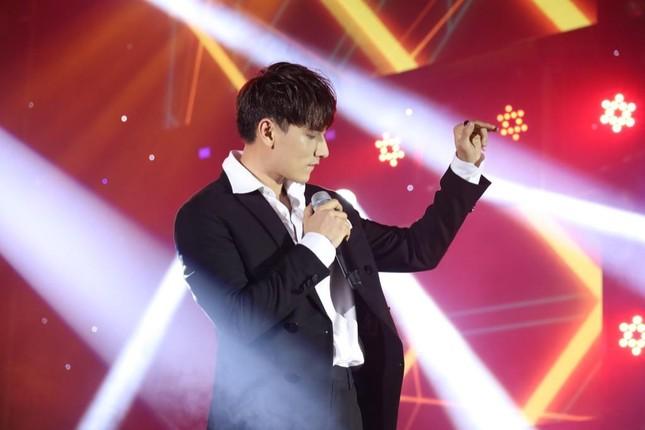 """Tăng Phúc, Trương Thảo Nhi song ca cực ngọt, ISAAC, AMEE hút hồn fan bằng visual """"xịn"""" ảnh 4"""